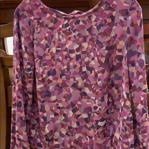 CAbi kaleidoscope Long Sleeve Blouse 👚 Size XS.